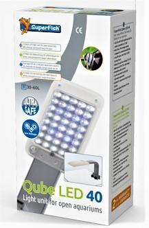 Qube LED Beleuchtung Klemmleuchte für kleine Aquarien mit einer tollen Ausleuchtng für Aquarien und aquascapes bei Wiebies Aquawelt