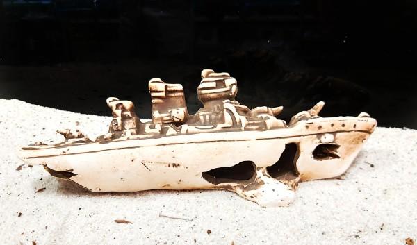 Kampfschiffwrack Ton
